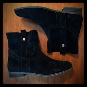 Frye & Co. Sarah black suede ankle boots 7.5 NWT